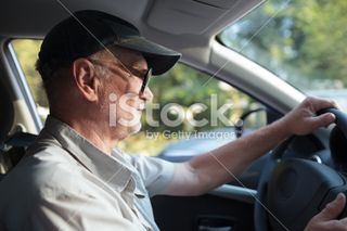 Senior-man-at-the-wheel