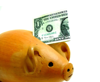 Piggy-bank-dollar-1240824-639x525