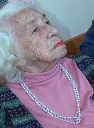 Elderly-lady-1439899
