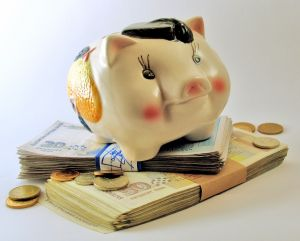 Piggy-bank-2-1102931-m (1)