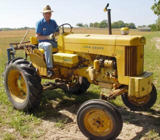 Al-as-gentleman-farmer-2-1485397-639x559
