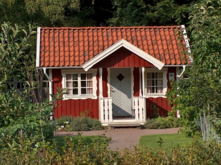 Red-cottage-sweden-1226839-639x478