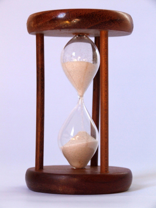 Hourglass-3-1312480-639x852