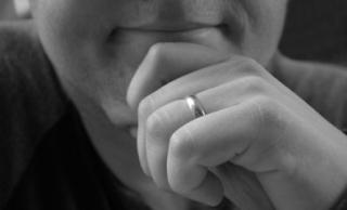 Married-hands-1434719